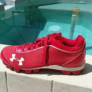 UNDER ARMOUR Red Baseball Cleats Size 8 Mens